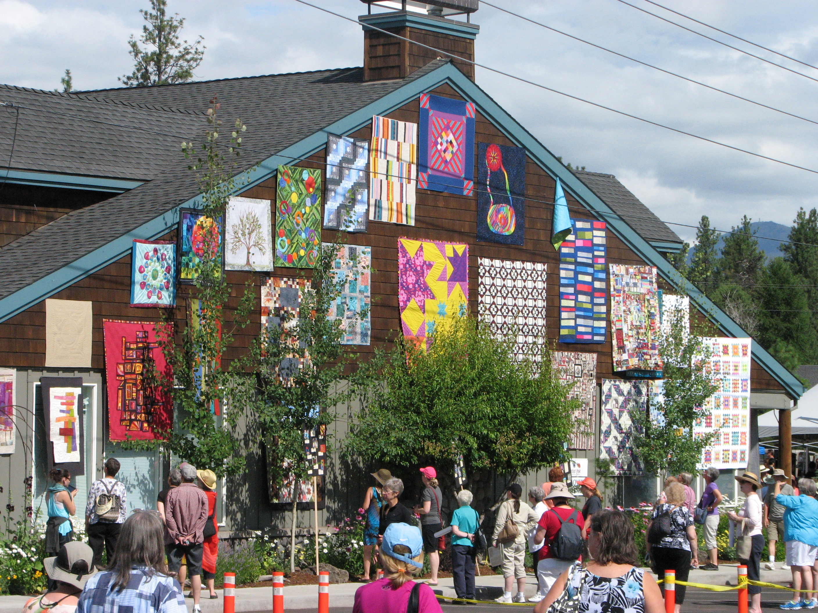 Sisters Outdoor Quilt Show | Once a Wingnut...Always a Wingnut : quilt show sisters oregon - Adamdwight.com